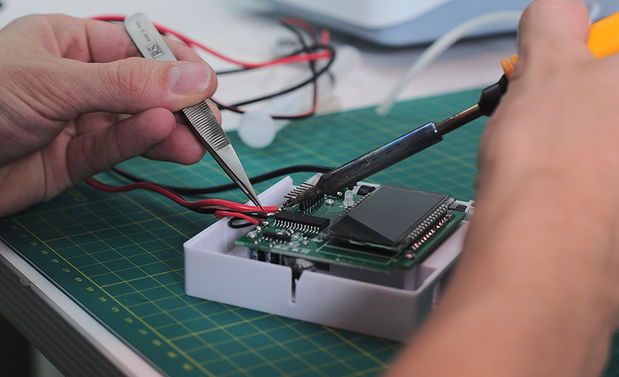 Soldering development PCB for infusion pump